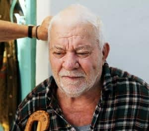 The Best Memory Supplements for Seniors - Confused Senior Man